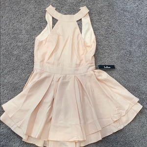Lulus dress never worn!